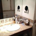 Basin/vanity