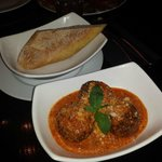 meatballs w/ vodka sauce and bread for dipping