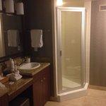 Spacious bathroom/shower