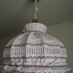 Cute knitted lamp shade - 1 Queen Room