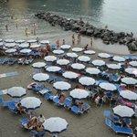 spiaggia sotto la terrazza