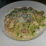 Pasta carbonara with chicken