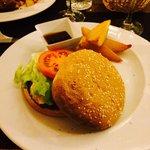 Hamburguesa. La carne, increíble!