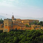 Alhambra vom Mirador bei Tag