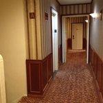 Corridoio, ha il suo fascino, sembra di essere tornati indietro di 50 anni, mi piace