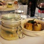 zuppa d'orzo e sformatini di polenta e casera