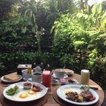 bel endroit pour le petit dejeuner.....