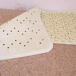 discoloured bath mat