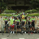 Sepedaan start/finish di Sunan Hotel