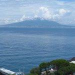 baie Capri-Sorrento - Le vesuve