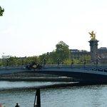 Imagen del Puente en honor del zar de Rusia Alejandro III