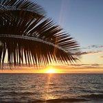 I tramonti dalla spiaggia dell'amarina sono unici, uno più bello dell'altro.