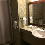 Bathroom, HC access.