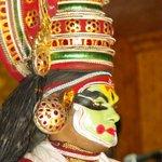 Le maquillage des acteurs est très ancré dans la tradition