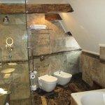 Savic Room 303 Bathroom
