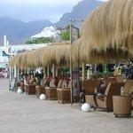 Bonito bar en el paseo marítimo, (alrededores del hotel)