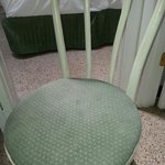 Dirty chair - Sedia sporca