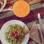 Mangoji y guacamole
