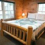 Evergreen Log Cabin Bedroom
