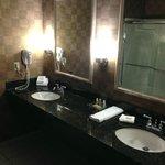 X-large Bathroom