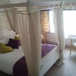 Four Poster Room :)