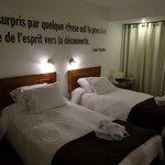 Twin Room エル マピ ホテル