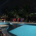 Spettacolo Masai in piscina