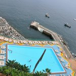 piscine du bas , avec accès sur la mer ouverte !