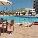 Vista panorámica de la piscina