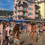 флэшмоб/танцы на пляже