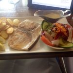 Excellent lunch special for £8.95, grilled swordfish with garlic & white wine sauce.