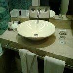 Los baños son espaciosos y funcionales