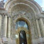 Entrada principal del Petit Palais.
