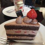 チョコレートケーキとミルフィーユ