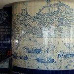 "Azulejos dans le restaurant de L'Hotel ""Rossio"""