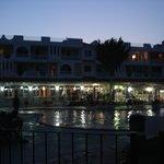 piscine + restaurant