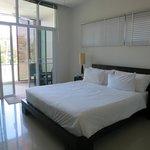 Two Villas Oxigen Style Nai Harn Beach (Bedroom)