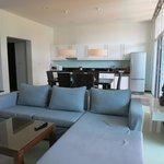 Two Villas Oxigen Style Nai Harn Beach (Dinin room & Kitchen)