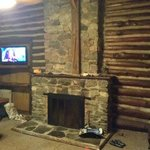 Fireplace 4 bed log cabin