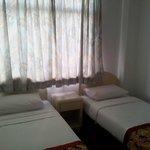 2 lits simples chambre des enfants