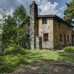Kishkadeena: the Ojibway Lodge