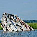 Sunken pirate ship near Morris Island
