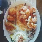 The seafood platter (broiled)