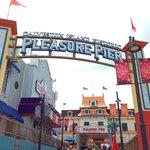 Entrance to Pleasure Pier