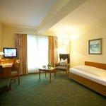 Photo of Hotel Dornweiler Hof