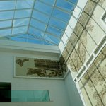 Museo Bardo: Tunisi: Tunisia: luce naturale dal soffitto