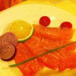 Carpaccio di salmone.