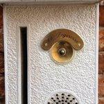 the classy doorbell