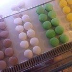 Macarons cioccolato, vaniglia, pistacchio, limone