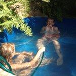 in het zwembadje